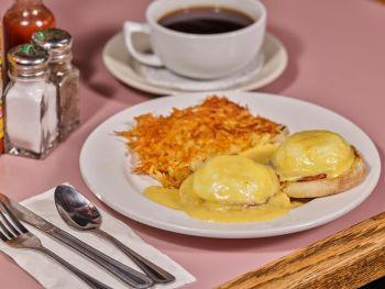Rosie's Cafe Tahoe City, Eggs Benedict